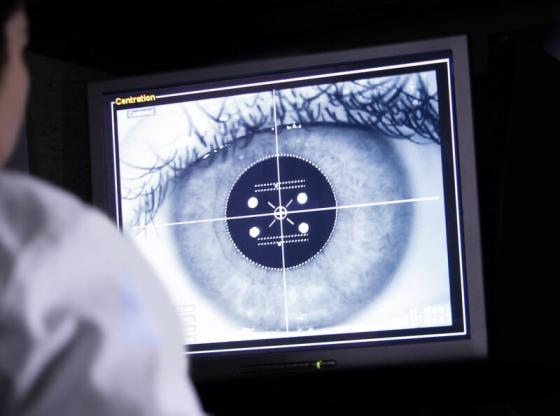 Сканиране на око